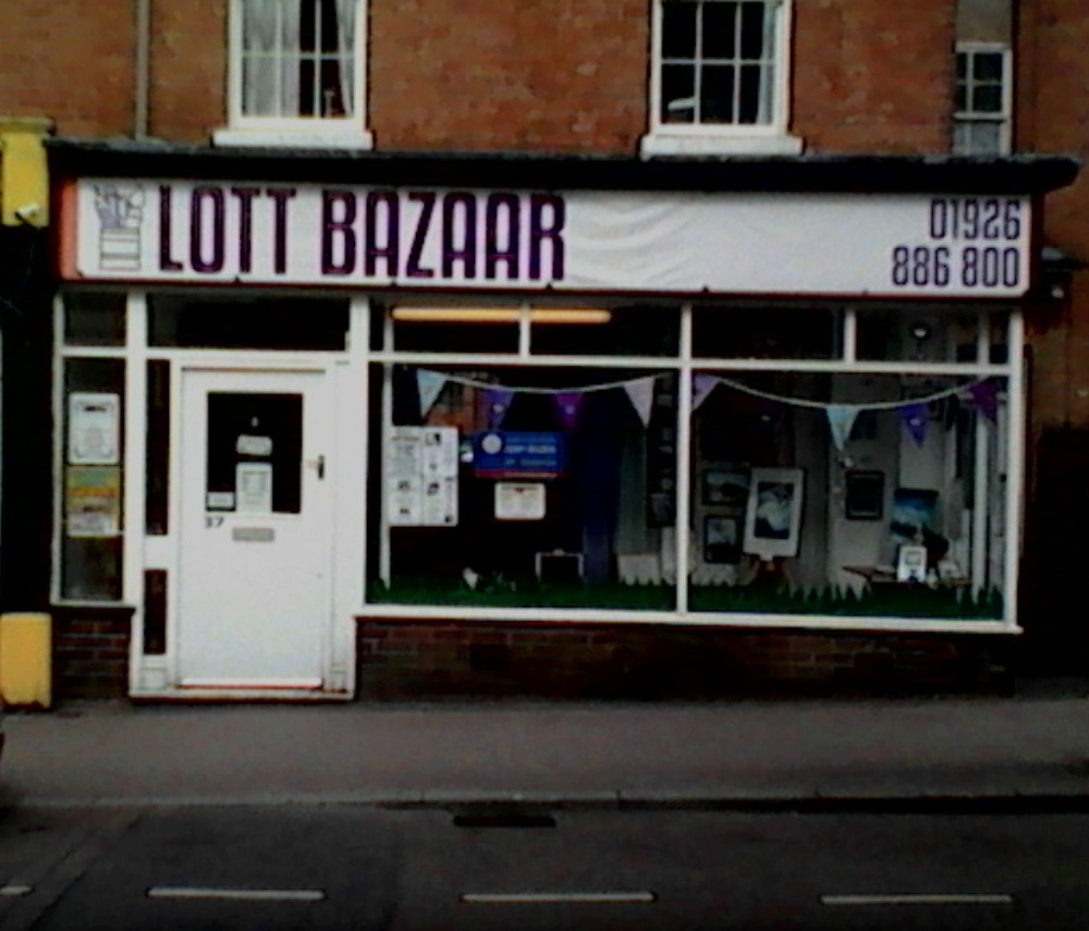 lott bazaar , old leamington june 2018